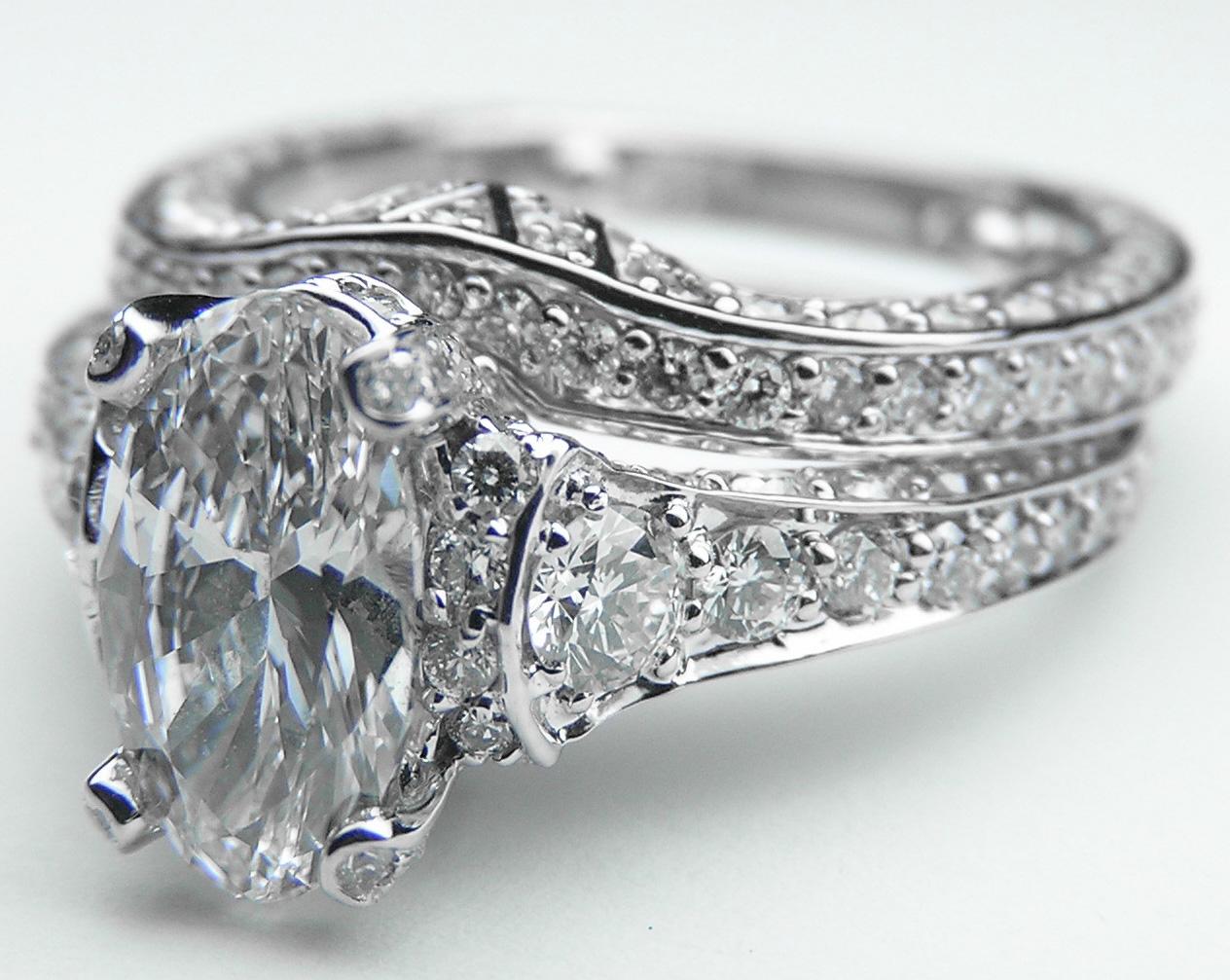 engagement ring large oval graduated diamonds engagement. Black Bedroom Furniture Sets. Home Design Ideas