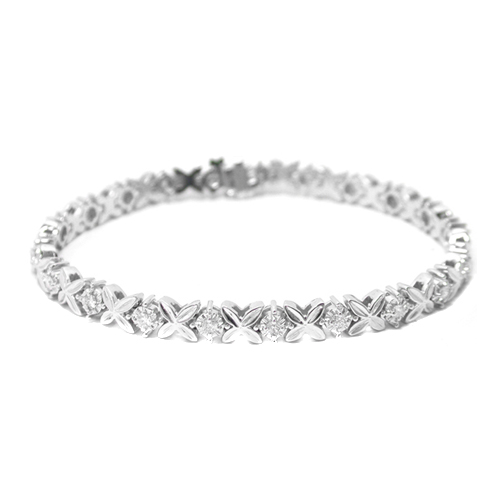 0.80 Ct. White Gold Round Diamond Tennis Flower Bracelet