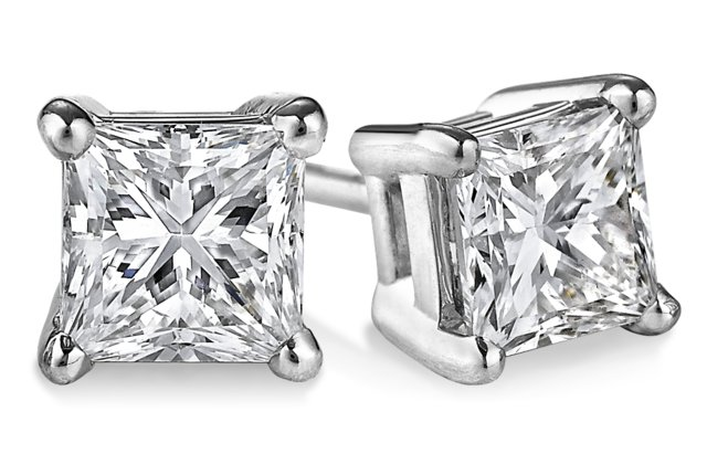 1 1/2 carats tcw. Princess-Cut Diamond Stud Earrings in Platinum H, VS2