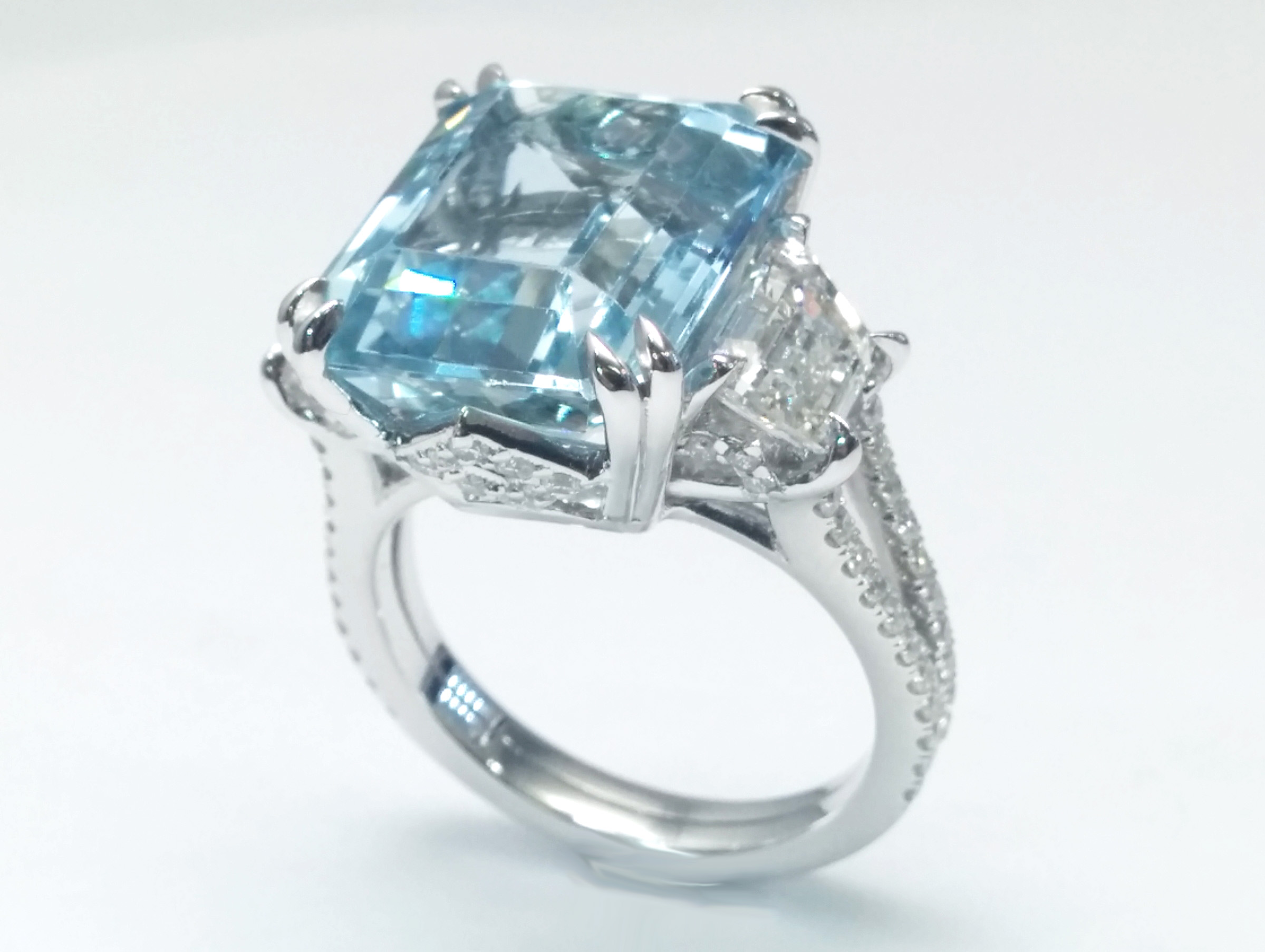 7.30 CTW Large Emerald Cut Aquamarine With Trapezoid Diamond Sides