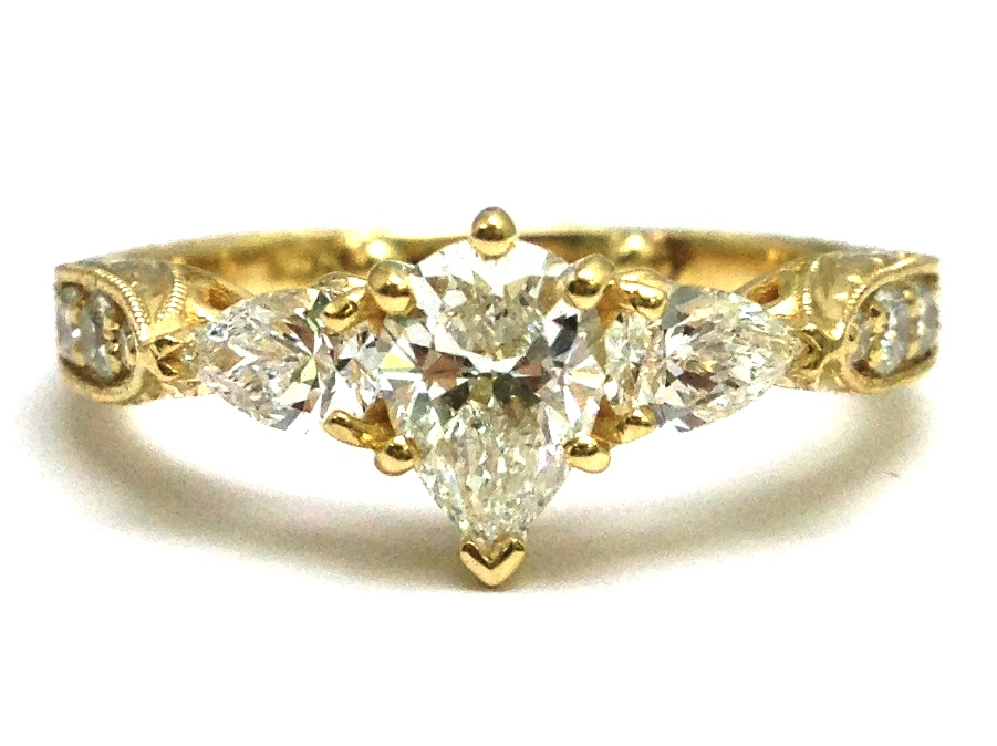 Engagement Ring Pear Shape Diamond Engagement Ring diamond side