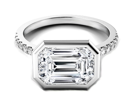 Vivo per lei Emerald Cut Diamond Engagement Ring