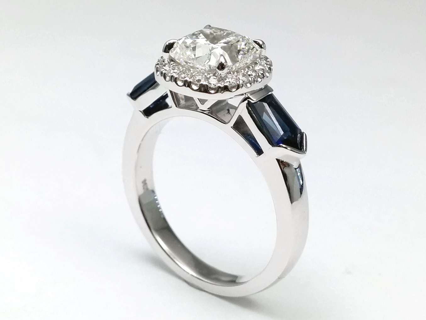 bullet sides gold in engagement cfm ring diamond rings halo white blue sapphire engagementdetails