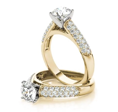 Etoil Cathedral Diamond Engagement Ring in Yellow Gold