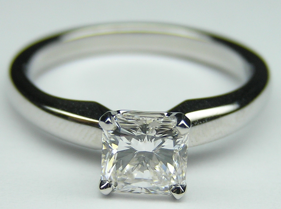 Engagement Ring Solitaire Square Radiant Diamond Engagement Ring Setting in