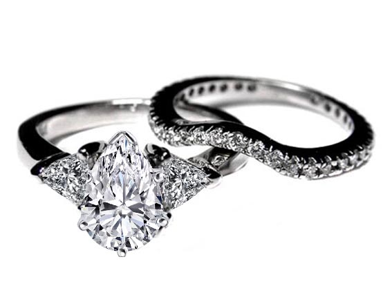 Engagement Ring Pear Shape with Trillion Diamonds Engagement Ring