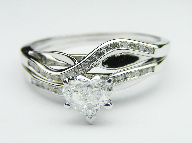 Petite Swirl Heart Shape Engagement Ring With Diamond Accents & Matching  Wedding Band,