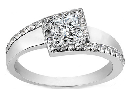 Princess Diamond Swirl Diagonal Halo Engagement Ring