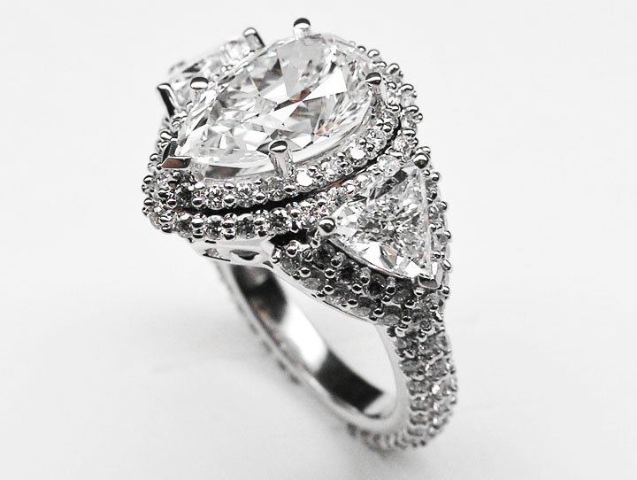 Engagement Ring Pear Shape Diamond Vintage Engagement Ring Setting trillion