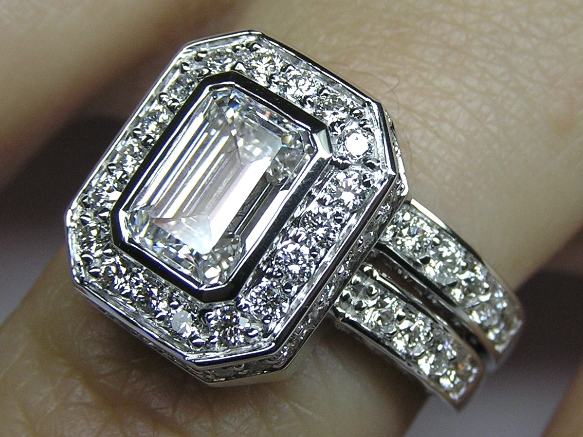 wedding engagement rings i your brilliant show cushion size in please about center img topic double me ladies halo round